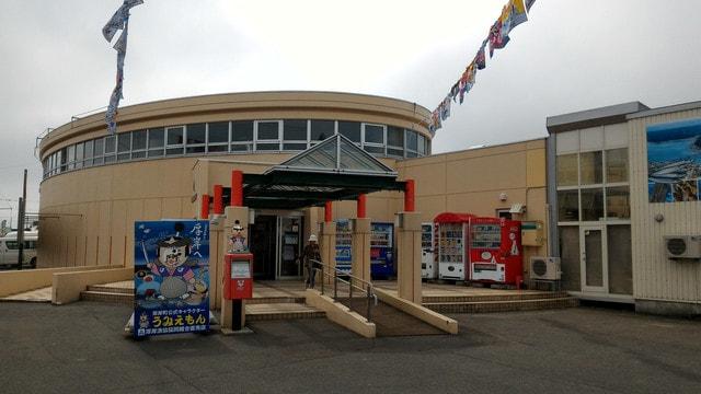 厚岸漁業協同組合直売店の入口